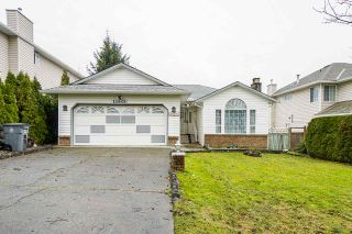 Photo 1: 15901 88A Avenue in Surrey: Fleetwood Tynehead House for sale : MLS®# R2535986