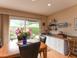 Photo 15: 16 2010 20th St in COURTENAY: CV Courtenay City Row/Townhouse for sale (Comox Valley)  : MLS®# 795658