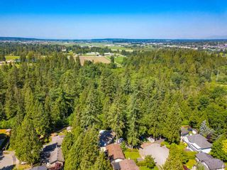 Photo 7: 4664 192 Street in Surrey: Serpentine House for sale (Cloverdale)  : MLS®# R2471893