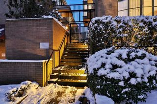 Main Photo: 3 2268 PINE Street in Vancouver: Fairview VW Townhouse for sale (Vancouver West)  : MLS®# R2539563