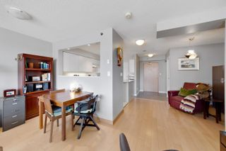 """Photo 15: 701 518 W 14TH Avenue in Vancouver: Fairview VW Condo for sale in """"PACIFICA"""" (Vancouver West)  : MLS®# R2614873"""
