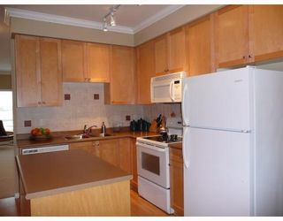 Photo 5: 9 13028 NO 2 Road in Richmond: Steveston South Townhouse for sale : MLS®# V683741