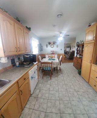 Photo 4: 27 Layton Drive in Howie Centre: 202-Sydney River / Coxheath Residential for sale (Cape Breton)  : MLS®# 202108872