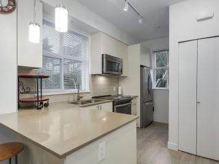 """Photo 10: 120 7250 18TH Avenue in Burnaby: Edmonds BE Townhouse for sale in """"IVORY MEWS"""" (Burnaby East)  : MLS®# R2360183"""