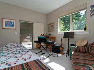 Photo 9: 122 2315 Suffolk Cres in COURTENAY: CV Crown Isle Row/Townhouse for sale (Comox Valley)  : MLS®# 680859