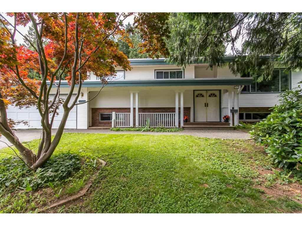 Main Photo: 2251 CENTER Street in Abbotsford: Abbotsford West House for sale : MLS®# R2082519