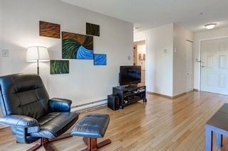 """Photo 9: 304 3480 YARDLEY Avenue in Vancouver: Collingwood VE Condo for sale in """"THE AVALON"""" (Vancouver East)  : MLS®# R2097199"""