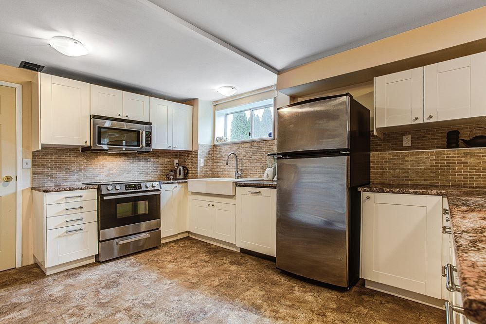 Photo 12: Photos: 9726 CASEWELL STREET in Burnaby: Sullivan Heights House for sale (Burnaby North)  : MLS®# R2039698