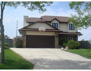 Photo 1: 27 LANCING Cove in WINNIPEG: Fort Garry / Whyte Ridge / St Norbert Residential for sale (South Winnipeg)  : MLS®# 2911541