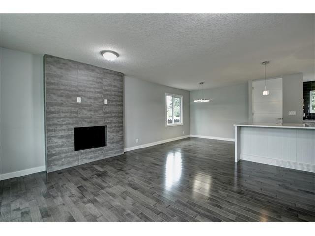Photo 6: Photos: 448 CEDARPARK Drive SW in Calgary: Cedarbrae House for sale : MLS®# C4084629