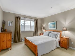"""Photo 11: 786 W 69TH Avenue in Vancouver: Marpole Townhouse for sale in """"MARPOLE"""" (Vancouver West)  : MLS®# R2118968"""