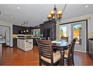 Photo 3: 8 NORSEMAN Place NW in Calgary: North Haven Upper House for sale : MLS®# C4023976