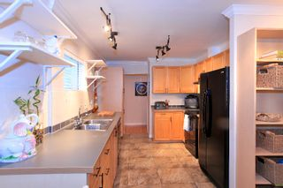 Photo 9: 1531 PAISLEY Road in North Vancouver: Capilano NV House for sale : MLS®# V985864
