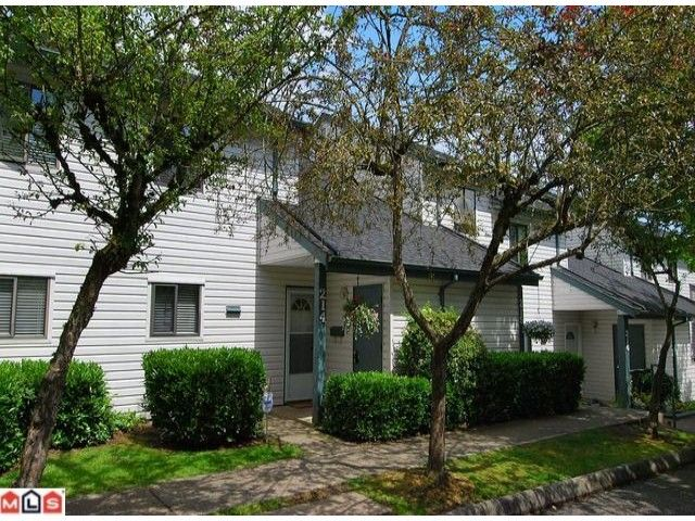 """Main Photo: 214 13628 67TH Avenue in Surrey: East Newton Townhouse for sale in """"HYLAND CREEK ESTATES"""" : MLS®# F1015063"""