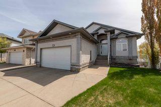 Photo 2: 8017 166A Avenue in Edmonton: Zone 28 Attached Home for sale : MLS®# E4246009