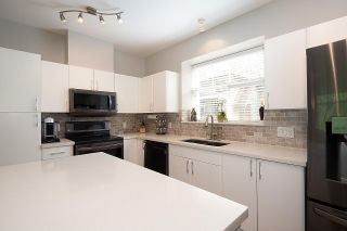 """Photo 22: 28 50 PANORAMA Place in Port Moody: Heritage Woods PM Townhouse for sale in """"ADVENTURE RIDGE"""" : MLS®# R2575105"""
