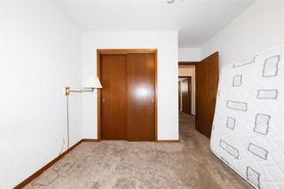 Photo 15: 62 Weaver Bay in Winnipeg: St Vital Residential for sale (2C)  : MLS®# 202109137
