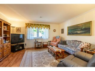 "Photo 9: 35788 CANTERBURY Avenue in Abbotsford: Abbotsford East House for sale in ""sumas mountain"" : MLS®# R2376729"