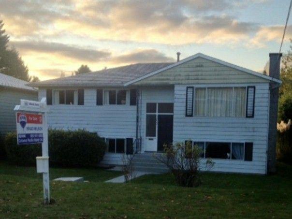 Main Photo: 13632 BLACKBURN Avenue: White Rock House for sale (South Surrey White Rock)  : MLS®# F1325980