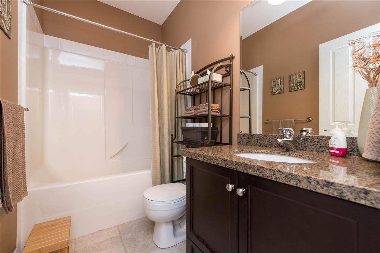 """Photo 26: Photos: 34914 2 Avenue in Abbotsford: Poplar House for sale in """"Huntingdon Village"""" : MLS®# R2548984"""