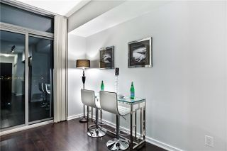 Photo 5: 706 105 The Queensway Avenue in Toronto: High Park-Swansea Condo for sale (Toronto W01)  : MLS®# W3921388