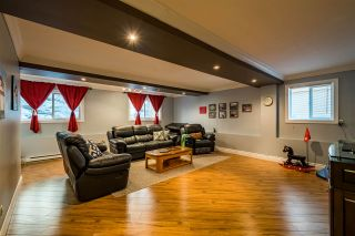 """Photo 15: 35713 REGAL Parkway in Abbotsford: Abbotsford East House for sale in """"REGAL PEAKS"""" : MLS®# R2424574"""