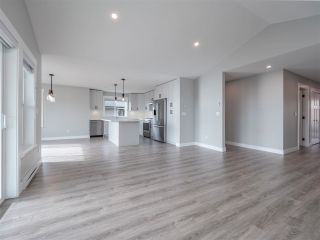 Photo 17: 6072 COWRIE Street in Sechelt: Sechelt District House for sale (Sunshine Coast)  : MLS®# R2623089