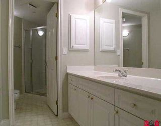 """Photo 6: 202 33065 MILL LAKE RD in Abbotsford: Central Abbotsford Condo for sale in """"SUMMIT POINT"""" : MLS®# F2518893"""