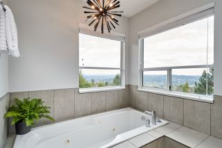 Photo 17: 2626 MARBLE Court in Coquitlam: Westwood Plateau House for sale : MLS®# R2401709