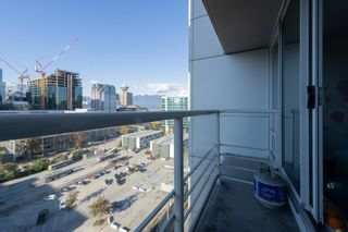 """Photo 11: 1809 161 W GEORGIA Street in Vancouver: Downtown VW Condo for sale in """"COSMO"""" (Vancouver West)  : MLS®# R2624966"""