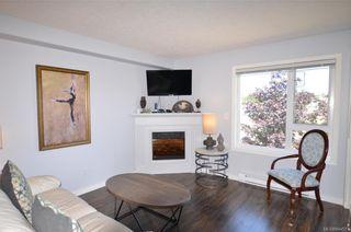 Photo 2: 301 885 Ellery St in Esquimalt: Es Old Esquimalt Condo for sale : MLS®# 844571