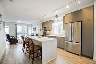 """Photo 8: 8 9688 162A Street in Surrey: Fleetwood Tynehead Townhouse for sale in """"CANOPY LIVING"""" : MLS®# R2573891"""