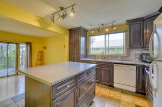 Photo 7: 240 Scenic Way NW in Calgary: Scenic Acres Detached for sale : MLS®# A1125995
