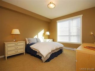 Photo 12: 206 330 Waterfront Cres in VICTORIA: Vi Rock Bay Condo for sale (Victoria)  : MLS®# 628331