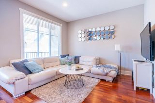"""Photo 2: 5 10171 NO. 1 Road in Richmond: Steveston North Townhouse for sale in """"SEAFAIR LANE"""" : MLS®# R2460375"""