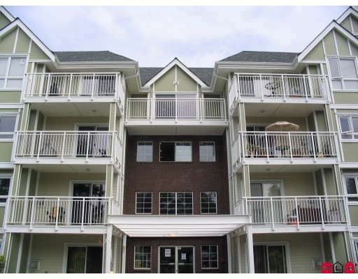 """Main Photo: 204 20189 54TH Avenue in Langley: Langley City Condo for sale in """"CATALINA GARDENS"""" : MLS®# F2818560"""