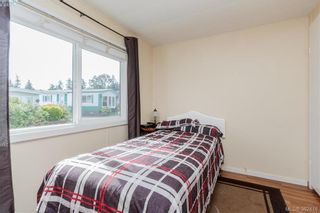 Photo 11: 18 124 Cooper Rd in VICTORIA: VR Glentana Manufactured Home for sale (View Royal)  : MLS®# 768456