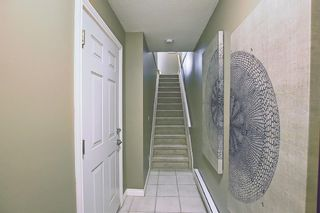 Photo 2: 108 Cedarwood Lane SW in Calgary: Cedarbrae Row/Townhouse for sale : MLS®# A1095683
