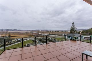 """Photo 35: # 414 -16388 64 Avenue in Surrey: Cloverdale BC Condo for sale in """"THE RIDGE AT BOSE FARMS"""" (Cloverdale)  : MLS®# R2143424"""