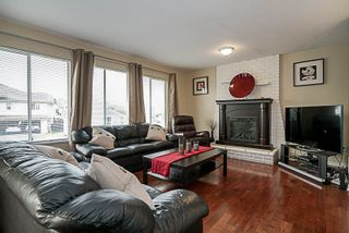 """Photo 2: 2425 GILLESPIE Street in Port Coquitlam: Riverwood House for sale in """"RIVERWOOD"""" : MLS®# R2194924"""