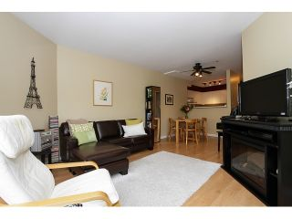 """Photo 5: 303 3505 W BROADWAY in Vancouver: Kitsilano Condo for sale in """"COLLINGWOOD PLACE"""" (Vancouver West)  : MLS®# R2086967"""