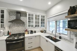 Photo 5: 9616 100A Street in Edmonton: Zone 12 House for sale : MLS®# E4225933