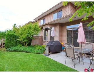 """Photo 10: 43 16655 64TH Avenue in Surrey: Cloverdale BC Townhouse for sale in """"Ridgewoods @ Northview"""" (Cloverdale)  : MLS®# F2822029"""