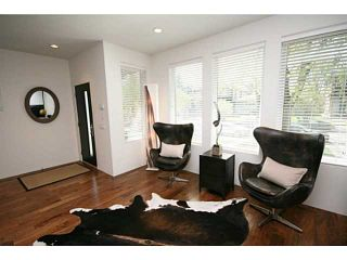 Photo 3: 2046 47 Avenue SW in CALGARY: Altadore River Park Residential Attached for sale (Calgary)  : MLS®# C3569906