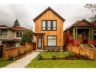 Photo 12: 1243 E 11TH Avenue in Vancouver: Mount Pleasant VE 1/2 Duplex for sale (Vancouver East)  : MLS®# V1059812