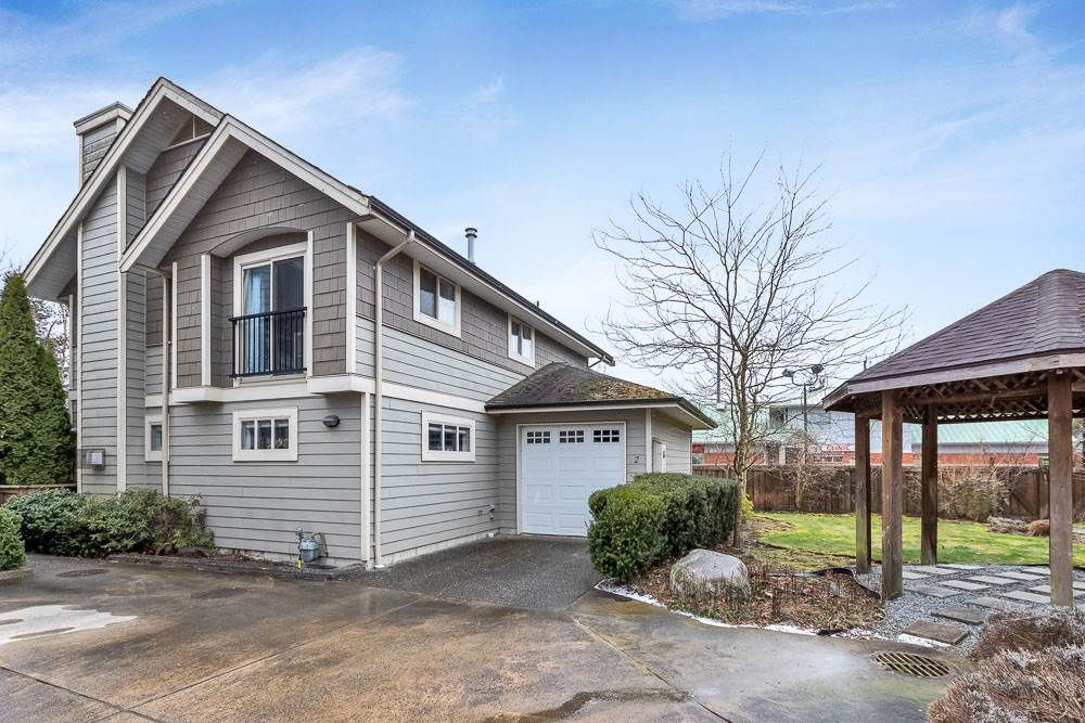 """Main Photo: 2 23838 120A Lane in Maple Ridge: East Central House for sale in """"SHADOW RIDGE"""" : MLS®# R2539564"""