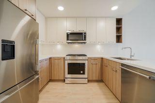 Photo 1: 309 14022 NORTH BLUFF Road: Condo for sale in White Rock: MLS®# R2562036