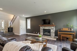 """Photo 5: 23135 GILBERT Drive in Maple Ridge: Silver Valley House for sale in """"'Stoneleigh'"""" : MLS®# R2457147"""