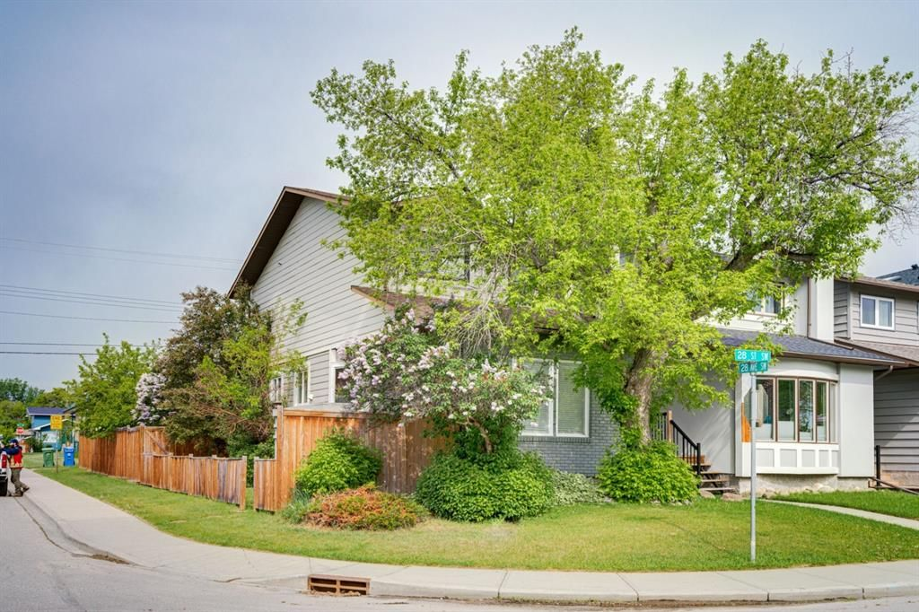 Main Photo: 2839 28 Street SW in Calgary: Killarney/Glengarry Detached for sale : MLS®# A1116843