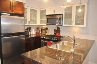 """Photo 6: 1308 1 RENAISSANCE Square in New Westminster: Quay Condo for sale in """"QUAY"""" : MLS®# R2234091"""